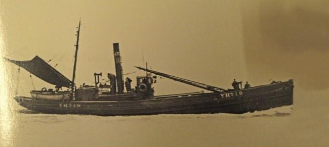 Fishermen in WW1 - sweeping all before - Oakland