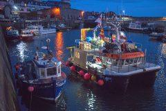 Potting on Seahouses shellfish catamaran Standsure