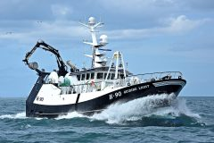 Guiding Light: Whitby-built 26m pair-seiner teams up with her sistership Guiding Star