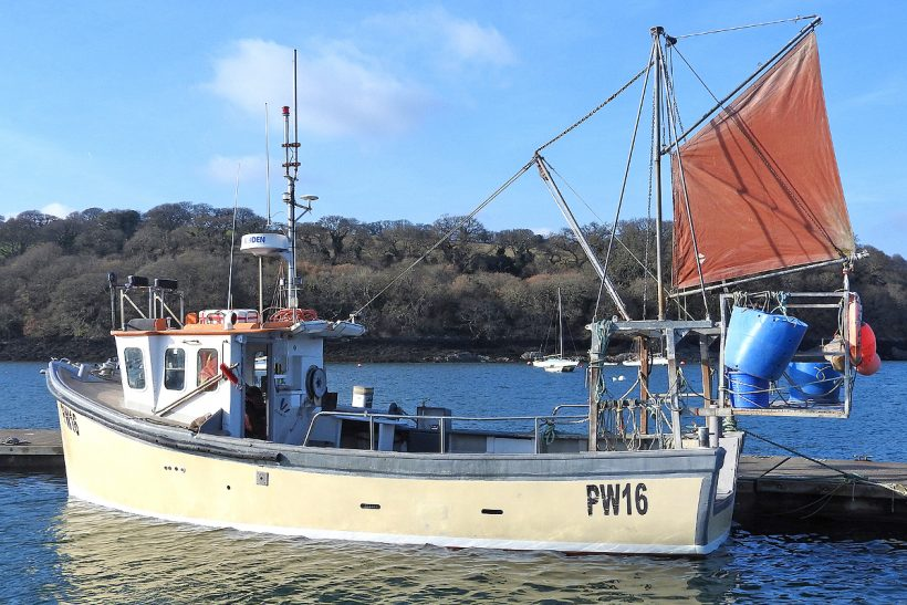 Cornish crabber Tizzardlee-on refitted by Mylor Marine
