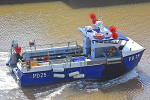 … 9m Twinseas catamaran Progress PD 25.