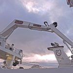 The SeaQuest 4t/11m knuckle-boom crane, mounted atop the trawl gantry, is fitted with a powerblock featuring hydraulic tilt and continual rotation.