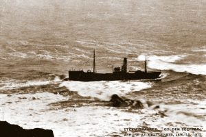 Golden Sceptre H 862 was wrecked in January 1912 when she ran aground at Kettleness on the Yorkshire coast.