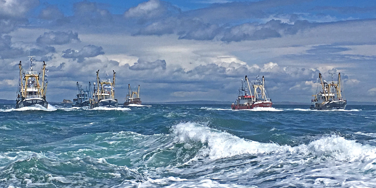 The end of an era – beamers crossing Torbay on the final leg of the last Brixham Trawler Race. (Jenny Quinell-Scott)