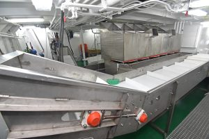 General view of the catch-handling arrangements.