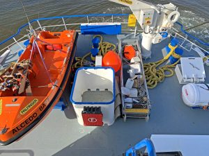A Palfinger rescue boat and 6m folding gangway supplied by MMG Welding of Killybegs are secured on the shelterdeck abaft the wheelhouse.