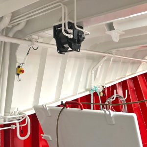 … and supplied a TMA 0.5t bait lift winch, mounted on the underside of the shelterdeck