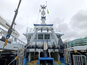 … and a further two from split net drums positioned above the trawl deck.