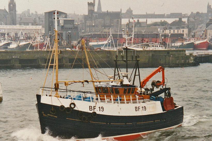 Opportune: twin-rig prawn trawling